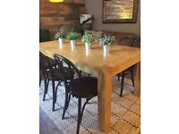 Solid Oak Dining Table With 6 Bentwood chairs
