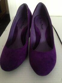 Purple court shoes