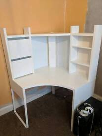 White MICKE IKEA desk/computer table