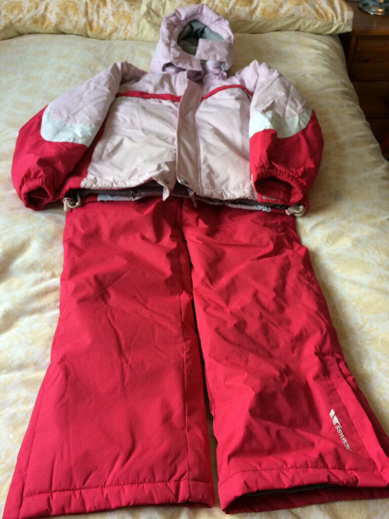 Kid's ski outfit