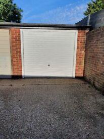 Garage to rent in Northolt.