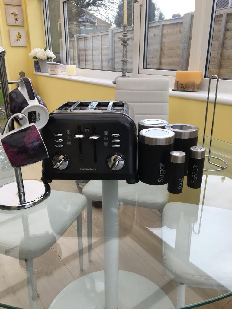 Morphy Richards Toaster and Kitchen essentials