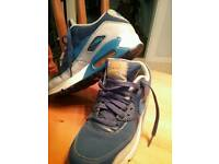 Nike air trainers size 5 UK 5.5 US EUR 38 24cm
