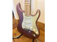 *AS NEW* 2013 Fender American Deluxe Stratocaster Guitar - Burgundy Mist - Courier