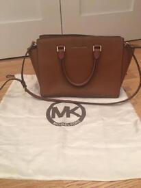 Micheal Kors Selma brown tan leather handbag