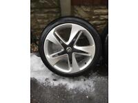 Genuine Vauxhall 19 inch alloys and good tyres