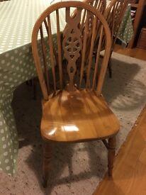 4x vintage pine Wheelback chairs