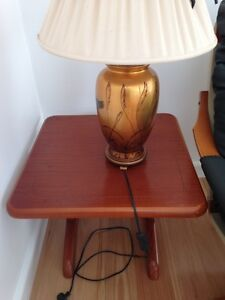 solid wood side table Seaford Frankston Area Preview