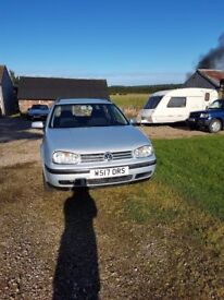 Volkswagen Golf 1.9 TDI Mk 4 silver estate with pair of winter tyres