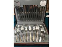 Canteen of cutlery 44 piece