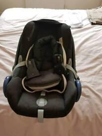 Child's Car Seat Maxi-Cosi