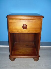 Pine bedside cabinet with top drawer