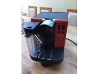 DeLonghi Nespresso Coffee Machine EN660R Lattissimo