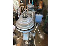 Bench mounted drilling machine