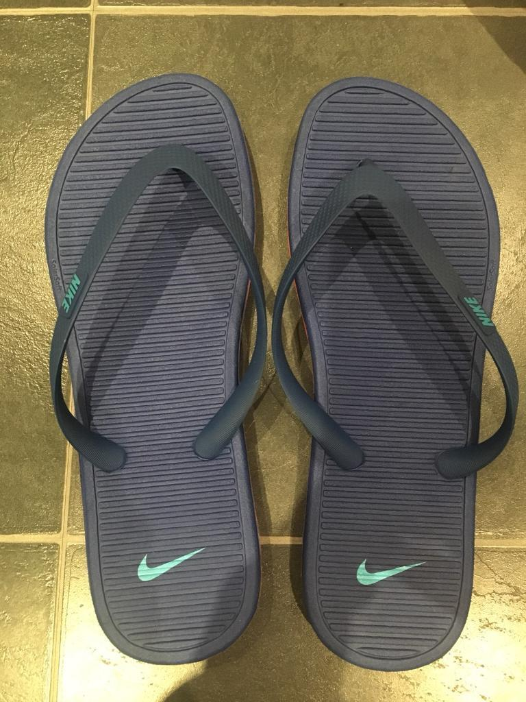 629aeafe8173 New Men s Nike Flip Flops Size 10 11
