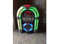 STEEPLETONE MINI JUKEBOX WITH CHANGING LIGHTS/CD/USB/RADIO..£45