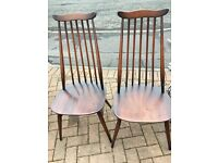 Excellent pair of 1960s/70s Ercol 'Goldsmith' dining chairs in solid elm and beech