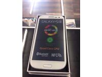 SAMSUNG GALAXY S3 16GB WHITE UNLOCKED LIKE NEW CONDITION BOXED