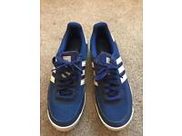 Adidas trainers uk10
