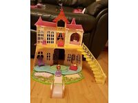 Sofia the First Magical Talking Castle Playset, Royal Family and Coach – EXCELLENT CONDITION - £40