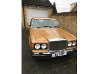 Bentley Eight Saloon Car (134000 Mileage) - Gold 1990