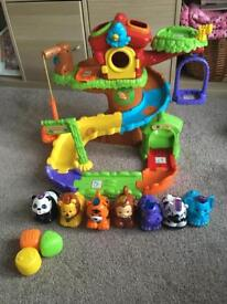 Toot Toot Treehouse and animals.