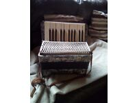Hohner student 11 accordian in good condition only reasonable offers please.