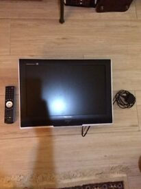 Toshiba television and wall bracket & dvd player