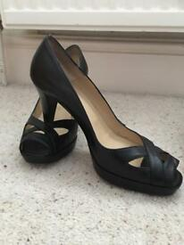 Hobbs shoes size 4