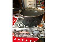 Casserole 4.8 litre saucepan 24x12cm with glass lid.