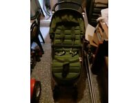 Britax Affinity Pram + Carrycot + Rain cover + Insect net