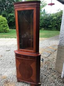 Beautiful side cabinet available for pick up. Lovely addition to home or for collector.