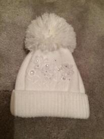Girls 0-3 Months pom pom hat