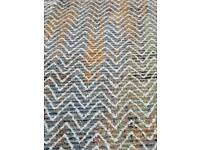 Large brand new area rug 150cm x 225cm