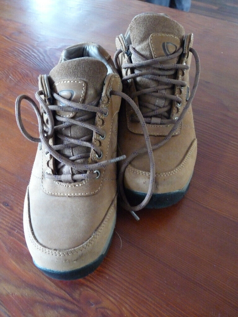 e050538aa2c ladies brasher country roma walking shoes size 5 | in Carnoustie, Angus |  Gumtree