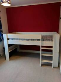 Midsleeper bed in very good condition