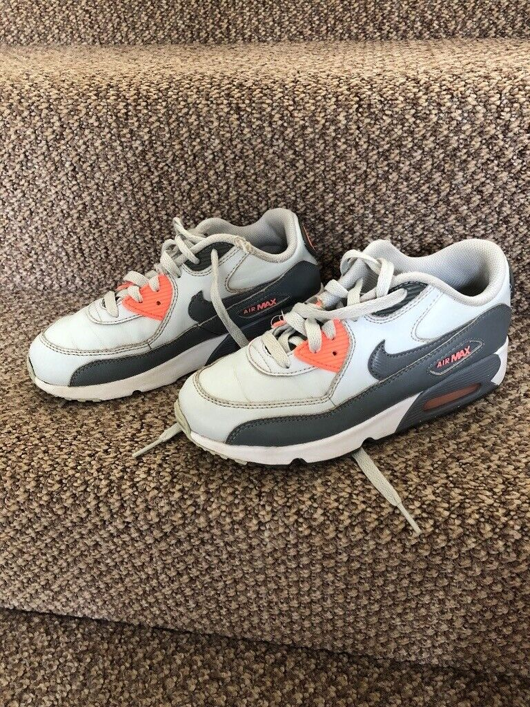 Kids Nike Air Max Trainers size 2 | in Sheffield, South Yorkshire | Gumtree
