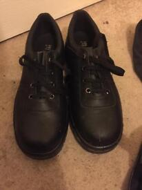 Size 9 steel toe capped shoes