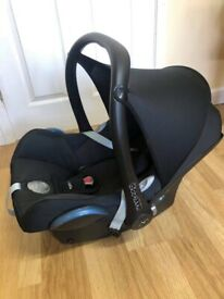 Maxi-Cosi CabrioFix Car seat with FREE Car Seat Adapters!