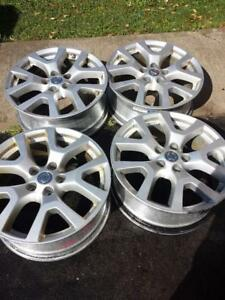 NISSAN ROGUE FACTORY OEM 18 INCH ALLOY WHEELS WITH SENSORS IN GOOD CONDITION