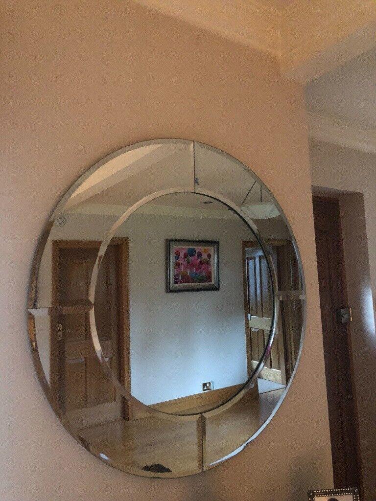 Beautiful Large Round Decorative Mirror In Keston London Gumtree
