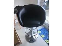 4 x black leather bar stools