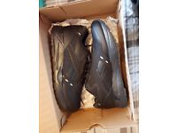 Reebok Bolton NR Black Trainers Brand New (Size 10)