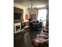 5 bedroom town house to let