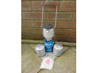Campingaz Super Lumogaz PZ206 Camping Lantern with spare mantles and 2 spare gas canisters