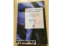 J. Tew (2005) Social perspectives in mental health