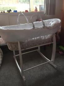 Clare de lune wicker Moses basket & rocking stand (white)