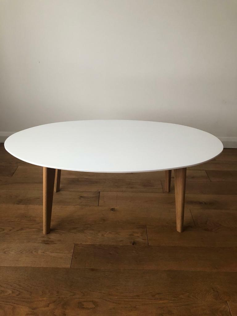 George White Oval Coffee Living Room Table In Whitley Bay Tyne And Wear Gumtree