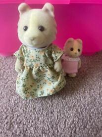Sylvanian Families Dog mother and baby set