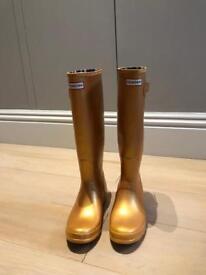 Incredible Gold HUNTER Wellington Boots/ Wellies